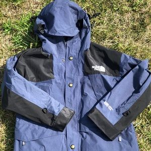 The North Face Women's Blue Gore Tex Jacket